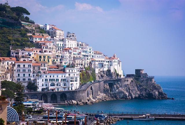 going-to-amalfi-villagraziosa